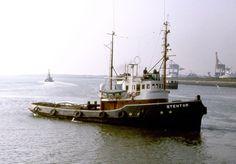 16 juli 1958  Tewaterlating van de sleepboot 'Stentor'   http://koopvaardij.blogspot.nl/2015/07/16-juli-1958.html