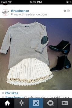 Cute teen outfit and fashion big sweater  Teen fashion for girls and women Cute teen girls outfit for fall