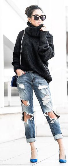 how to style boyfriend jeans : black sweater + bag + heels
