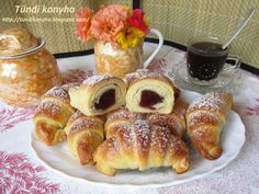 Izu, Ciabatta, Pretzel Bites, French Toast, Bakery, Bread, Cookies, Breakfast, Recipes