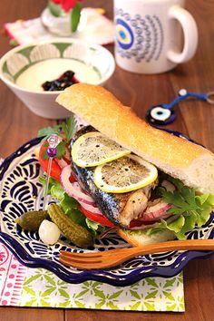 Turkish mackerel sandwich