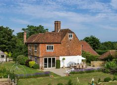 Fair Oak Farm, Mayfield can be hired exclusively. This award-winning country estate is ideal for large groups of family and friends. Holiday Cottages To Rent, Wendy House, Fair Oaks, Rural Retreats, Country Estate, East Sussex, Yoga Retreat, Renting A House, Places To Go