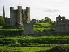 Castelo Dunluce no Condado de Antrim-Irlanda