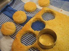 Backen: Schneller Orangen-Biskuit als Basis für Desserts oder kleine Törtchen - Rezept