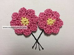 Ravelry: Crochet Flower Hairpin pattern by Michele Gaylor... Free pattern!