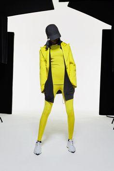 Live Fashion, World Of Fashion, Fashion Brand, Fashion News, Fashion Show, Women's Fashion, Dior Couture, Couture Fashion, Runway Fashion
