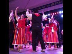 Traditional Portuguese Dance and Music at the New Bedford Feast - YouTube