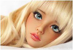 Freckled faceup bjd, long blonde wig