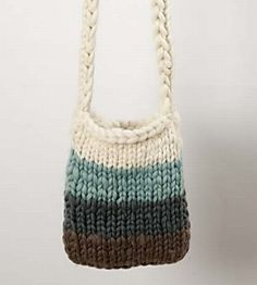Knitted bag pattern using size 15 needles - try with t-shirt yarn?