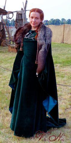 Game of Throney Sansa Stark Season 6 Velvet Dress Cosplay Costume Gown made by…