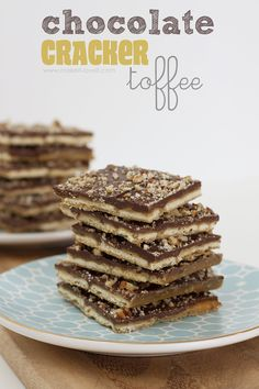 Chocolate Cracker Toffee...sweet and salty...YUM!  The FASTEST toffee you'll ever make! --- Make It and Love It Toffee Bark, Saltine Toffee, Cracker Toffee, Toffee Cookies, Toffee Dip, Toffee Popcorn, Toffee Sauce, Toffee Pudding, Bar Cookies