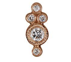 La puce d'oreille de Maria Tash en or et diamants http://www.vogue.fr/joaillerie/le-bijou-du-jour/diaporama/les-mini-croles-de-maria-tash/19332/carrousel#les-mini-croles-de-maria-tash-en-or-et-diamants