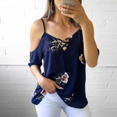 Floral Criss-Cross Cold Shoulder Blouse Women Clothes For Cheap, Collections, Styles Perfectly Fit You, Never Miss It! Floral Blouse, Printed Blouse, Floral Sleeve, Cold Shoulder Bluse, Sexy Bluse, Modelos Fashion, Blouse Styles, Fashion Outfits, Womens Fashion