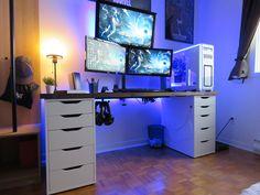 My gaming setup of 2017 ! Gaming Desk, Gaming Setup, Video Game Rooms, Computer Engineering, Custom Pc, Desk Setup, Boy Room, Home Office, Corner Desk