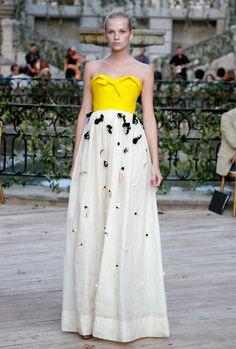 vestido de novia jesús del pozo amarillo