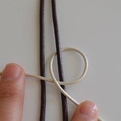 DIY Cocoa Abalorios: Nudo cruzado