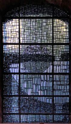(Vitrail) Vitraux de la cathédrale Notre-Dame de Grâce de Cambrai dans le Nord
