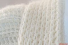 Cardigan crosetat manual; tutorial cu poze si explicatii Cardigan, Crochet, Fashion, Moda, Fashion Styles, Ganchillo, Crocheting, Fashion Illustrations, Knits