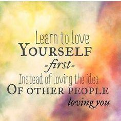 Eg har tenkt på det kordan det er og våknet opp og elske seg selv. Det og faktisk elske seg selv fylt og helt. Det og kunne se seg selv i speilet uten og ville