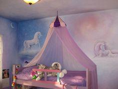 24 Pretty Unicorn Bedroom Ideas for Kid Rooms – decorisme – Modern Pink Bedroom For Girls, Pink Bedrooms, Little Girl Rooms, Unicorn Rooms, Unicorn Bedroom, Bedroom Murals, Bedroom Decor, Bedroom Ideas, Painting Bedrooms