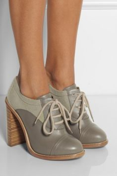 CHLOÉ Leather and felt ankle boots