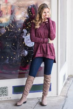47 Lovely Winter Outfits Ideas With Heels To Copy Asap Casual Skirt Outfits, Trendy Outfits, Cute Outfits, Over The Knee Boot Outfit, Knee Boots, High Boots, Short Boots, Winter Boots Outfits, Outfit Winter