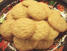 Édes ropogós szezámkeksz Cookies, Food, Crack Crackers, Biscuits, Essen, Meals, Cookie Recipes, Yemek, Cookie