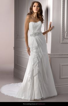 $329.99 from http://www.www.hochzeitheit.com Maggie Sottero Symphony Claudiahttps://www.hochzeitheit.com/12475-maggie-sottero-symphony-claudia.html #bridalgown #maggie #mywedding #claudia #wedding #weddingdress #sottero #symphony #bridal