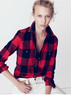 Plaid is so back in. Women's fashion and clothing. Plaid shirt.