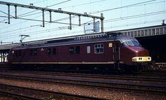 nederlandse motorpost treinen