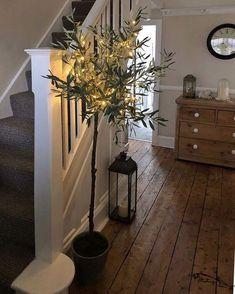 Cosy Autumn hallway pheebs 1 showing us how to cr Hallway Flooring, Wooden Flooring, Farmhouse Flooring, Farmhouse Stairs, Hallway Decorating, Interior Decorating, Interior Design, Interior Colors, Decorating Ideas