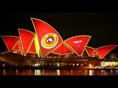 "▶ Vivid Festival 2013 - Opera House Projection ""PLAY"" by Spinifex Group - Full - YouTube"