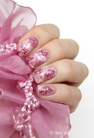 Pink nails design inspired by a Versace gown. From Maris Nail Polish Blog.