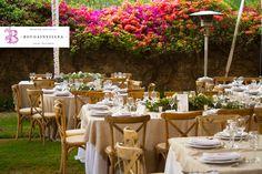 En www.bougainvilleabodas.com.mx - Wedding Planner tenemos mil propuestas por hacerte, por ejemplo esta cálida decoración para tu boda en San Miguel de Allende.