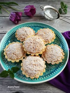 Muffins, Wedding Desserts, Biscotti, Macarons, Donuts, Healthy Snacks, Cake Recipes, Fudge, Food And Drink