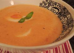 Nydelig tomatsuppe - rik på smak og enkel å lage!