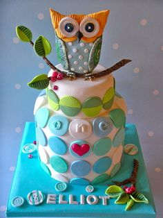 @KatieSheaDesign ❥♡♡❥ #Cake cute Owl birthday cake like the lil owl on top on a branch