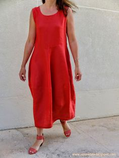 Wonderful coral linen Eva Dress from Tessuti Patterns - made by Up Sew Late