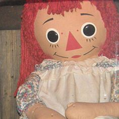 Annabelle, and other supposedly true ghost stories - Telegraph Conjuring 3, Horror Room, Haunted Objects, Annabelle Doll, Dark Feeds, Scary Wallpaper, Horror Artwork, Haunted Dolls, Ann Doll