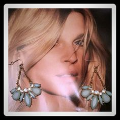 Tiffany Blue Stone Color - Dangle Earrings New New without tags. Gorgeous Tiffany Blue Stone Earrings set in Gold Tone Hardware, accented with round rhinestones . Very Chic & fashionable. Lightweight for everyday wear. Jewelry Earrings