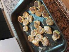 Fabulosa receta para Croquetas de pollo. Fáciles y muy ricas! Ideales para llevar al cole o al trabajo. Se puede hacer fritas o al horno.