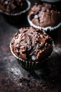 Chocolate Muffins, Chocolate Desserts, Muffins Double Chocolat, Vegan Muffins, Cake Factory, Chocolate Espresso, Healthy Cake, Batch Cooking, Sweets Recipes