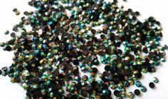 GoldenLiving168 Jungle Green AB Crystal 400pcs Round Jelly Rhinestone 4mm (16ss) 3D Acrylic Nail Art Decoration Cellphone Case USA SELLER! FAST SHIPPING! by GoldenLiving168 -- Awesome products selected by Anna Churchill