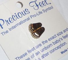 NEW 1979 International Pro Life Symbol Precious Feet Pin GOLD COLOR  USA