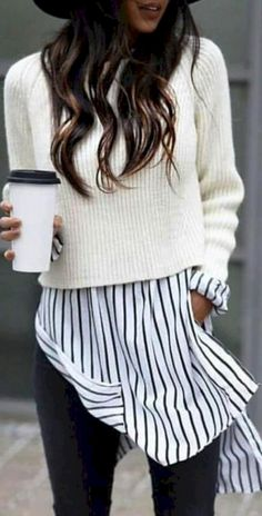 Awesome 32 Awesome Outfit Ideas to Wear During Winter https://clothme.net/2018/02/09/32-awesome-outfit-ideas-wear-winter/