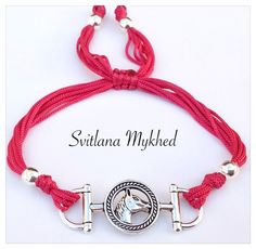 bracelet_cheval_equestre_fer_a_cheval_cordon_satin_rose_fermeture_coulissante_bracelet_de_l_amitie_a_offrir_ou_s_offrir_