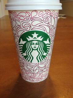 Art by Hope Meltser. Arte Starbucks, Starbucks Cup Art, Starbucks Drinks, Coffee Cup Art, Coffee Pods, Hot Coffee, Nespresso, Coffee Bullet, Sharpie Designs