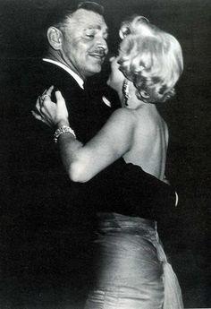 Marilyn Monroe dancing with Clark Gable