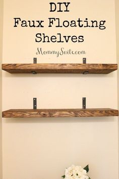 I love how much character these shelves bring to my small bathroom. This is an easy, inexpensive weekend DIY project. EASY, and INEXPENSIVE, DIY Faux Floating Shelves! Finally you can have the look of floating shelves with so much less work! Regal Bad, Decoration Palette, Floating Shelves Diy, Glass Shelves, Small Shelves, Diy Bracket Shelves, Diy Wall Shelves, Shelf Display, Corner Shelves