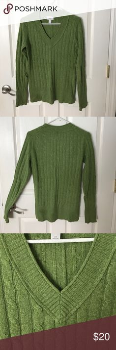 LOFT green cable knit sweater • v-neck • green • cable knit • worn twice • warm for winter • very light pilling in armpit area • will consider offers • nice and warm for winter • I'm a scarf kind of gal and would totally dress this up with another pop of color! • ⭐️reasonable offers welcomed ⭐️ • LOFT Sweaters V-Necks